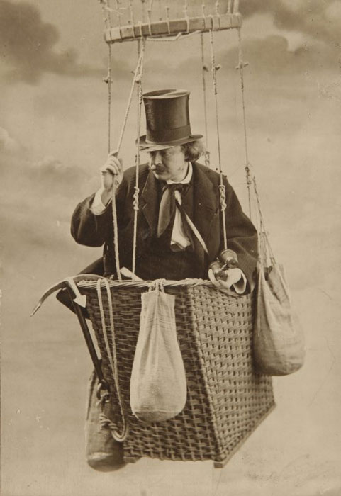 Nadar in his balloon